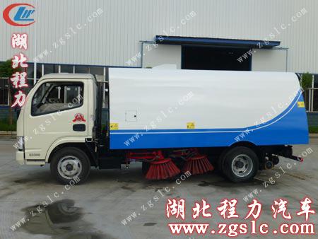 多功能带洒水的扫路车,水罐和尘罐各有多大,您知道吗?